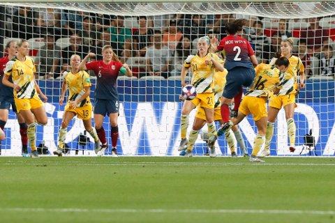 DRAMA: Ingrid Moe Wold og Norge er klare for kvartfinalen i fotball-VM etter å ha slått Australia på straffer.