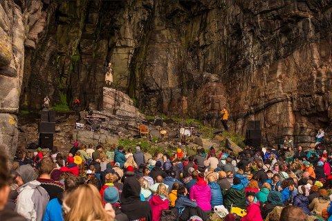 SPESIELT: Bendik Giske har konsert i Kirkehelleren under Trænafestivalen