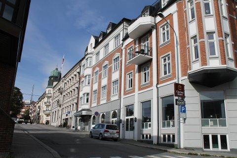 KARANTENEHOTELL: Clarion Collection Hotel Grand er ett av to karantenehotell i Gjøvik i juli og august. Så langt har de bare hatt én gjest.