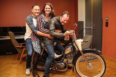 DURER PÅ: Selv om koronaen hele tiden er i sidespeilet, gasser (f.v.) Gunnar Flagstad, Kristin Fyrand Mikkelsen og Johannes Skyberg i Resonans mot en ny konserthøst.