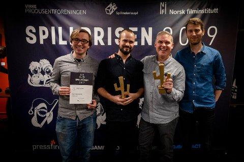PRISVINNERNE: Fra venstre, Filip Lange-Nielsen, Christoffer Grav, Simon Poole og Audun Tørnquist.