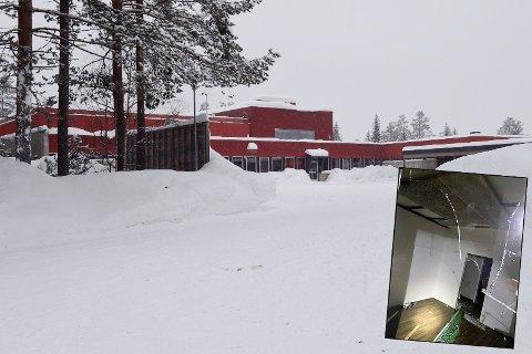 KJEDELIG: – Vær så snill og ta en alvorsprat med poden, sier vaktmester Nils Henrik Huset etter at han oppdaget hærverk på nedstengte Reinsvoll ungdomsskole.