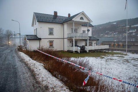 NEKTER STRAFFSKYLD: Mannen som er siktet for drapet på en rusinstitusjon i Hov i januar nekter straffskyld.