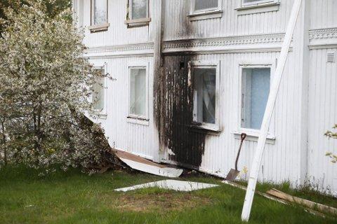 Brann: Det har brent godt i huset som viste seg å inneholde en flere hundre cannabis-planter.