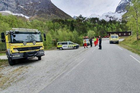 ULYKKE: Anders Sunde Wroldsen (41) var på en tredagerstur i Romsdalen med to andre kamerater da han ble tatt av et snøskred.