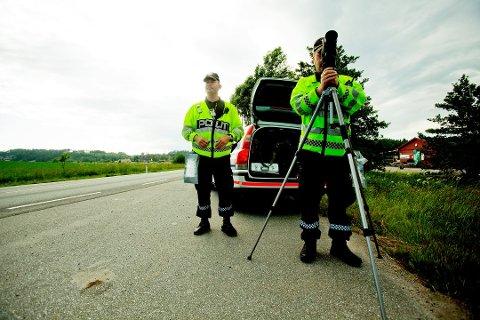 FOR FORT: Fire mistet lappen i kontroller i Innlandet onsdag. Tallene er mye høyere sammenliknet med fjoråret.