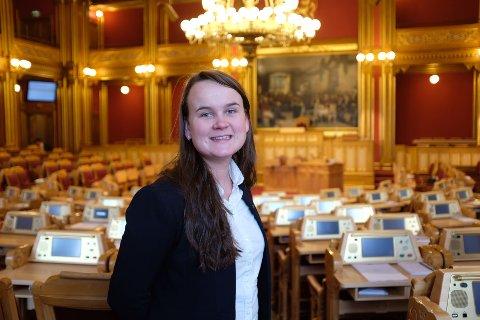 SULTEFORER: Marit Knutsdatter Strandmener regjeringens sulteforer små kommuner og tvinger dem til å slå seg sammen.