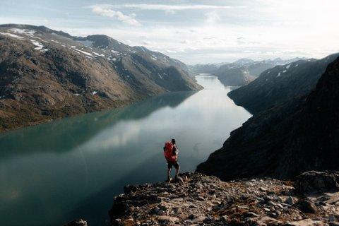VILL NATUR: Beckers bilder av Jotunheimen blir sett av 1,5 millioner følgere verden over.