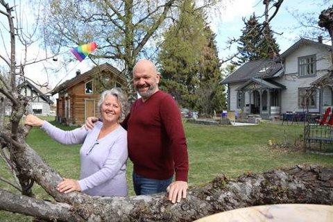 PRISVINNERE: Marion Arntzen og Harald Sundby ved Stiftelsen Stensveen er tildelt Brobyggerprisen.