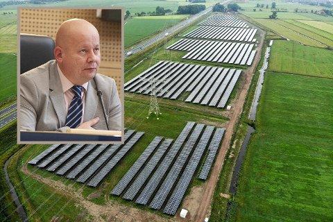 KONFLIKT: Energeia AS vil bygge ut snaut tusen dekar for et solcelleanlegg. Naboer føler seg overkjørt. Det har gitt ordfører Torvild Sveen (Sp) noe å tenke på.
