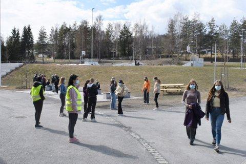 RAUFOSS: Her fra massetesting av elever ved Vestre Toten ungdomsskole i april.