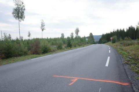 ULYKKE: Det var på strekningen sør for Motorcrossbanen ulykken skjedde.