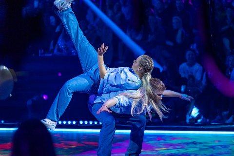 HIP-HOP: Maren Lundby og dansepartner Philip Raabe under kveldens oppvisning i «Skal vi danse»