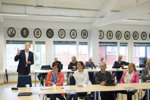 MØTTE FOLLORÅDET: Øystein Mæland lovet en grundig palliativutredning da han møtte Follorådet i august i fjor. Nå er konklusjonen klar.FOTO: BJØRN V. SANDNESS