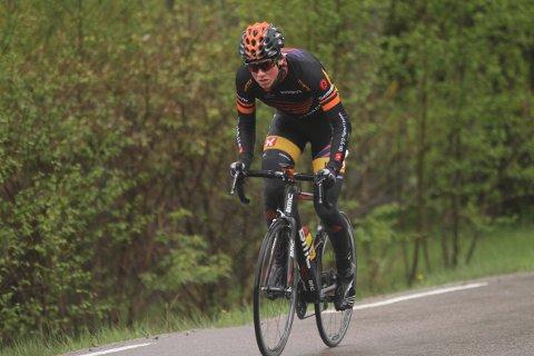 Carl Fredrik Hagen var med hovedfeltet inn på den tredje etappen av Tour des Fjords.