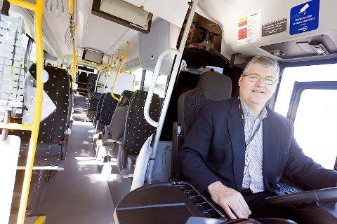 Driftssjef hos Nobina, Bob Sebro bak rattet på en av de 36 nye Biogass-bussene. Alle Foto: Ole Kr. Trana