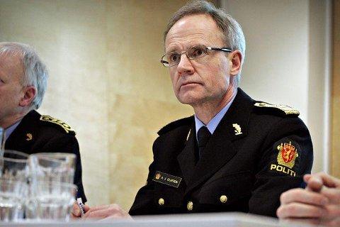 Politimester i Follo politidistrikt, Arne Jørgen Olafsen, skal bruke sommeren til å bestemme seg for om han søker på jobben som politimester i Øst politidistrikt. Foto: Ole Trana