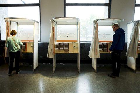 Labert besøk: Valgdeltagelsen ved årets kommunevalg havnet på 59,5 prosent. Foto: Cornelius Poppe / NTB scanpix