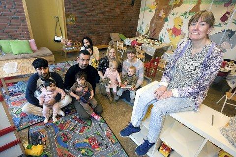 Spent: Pedagogisk leder, Inger Weydahl, til høyre, er spent på utfallet av rådmannens budsjettforslag.foto: Ole Kr. Trana