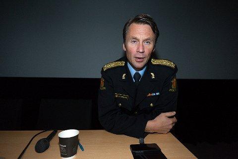 SJEFEN: Politimester Steven Hasseldal lover at Ski beholder operasjonssentralen i den nye organiseringen av Øst politidistrikt. Arkivfoto: Ole Kr. Trana