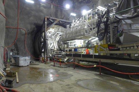 STARTSTREKEN: Tunnelboremaskinen «Magda Flåtestad» gjør seg klar for å bore tunnel fra Åsland og sydover mot Ski
