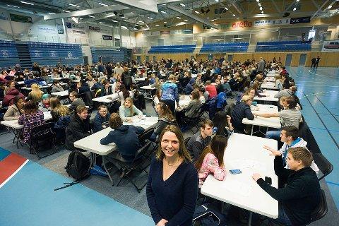 Spent: Varaordfører Camilla Hille (V) er spent på hva ungdommen kommer frem til. Foto: Ole Kr. Trana