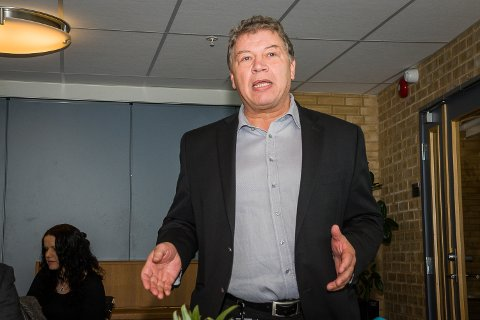 Ordfører i Frogn, Haktor Slåke, håper å få med kommunestyret på videre samtaler om sammenslåing.
