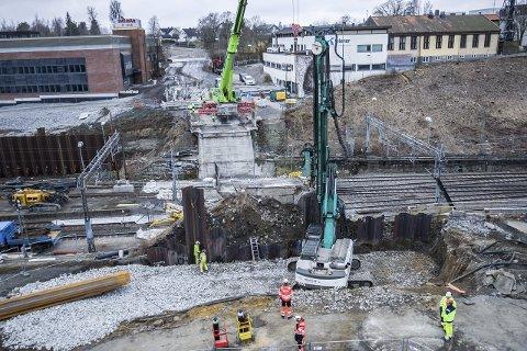 Støy?: Enkelte beboere og Jernbaneverket er uenig i bruken av hotellopphold i Påskeferien.