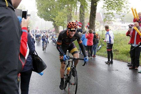 KLATREMUS: Carl Fredrik Hagen kjører for øyeblikket Artic Race of Norway. Her fra da Tour of NOrway passerte opp Sundbybakken i Nordby tidligere i år.