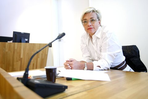 TUNGT:  Forsvarer, advokat Gunhild Lærum, opplyser at den sentrale FrPeren fra Follo tar saken tungt.  – Det er en peronlig tragedie, sier hun til ØB.