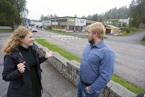 Ivrig: Både ordfører Tuva Moflag (Ap) og hennes partikollega Morten Ellingsen, er i fyr og flamme når de snakker om mulighetene for Siggerud.begge foto: Ole Kr. Trana