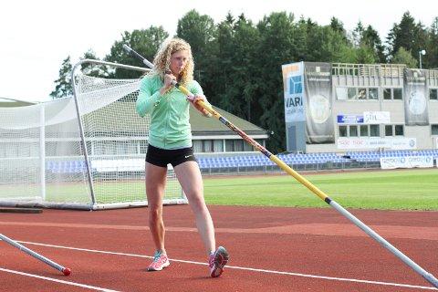 Hedda Kjølberg Hauge skal konkurrere i stav under Ungdoms-OL i sommer.