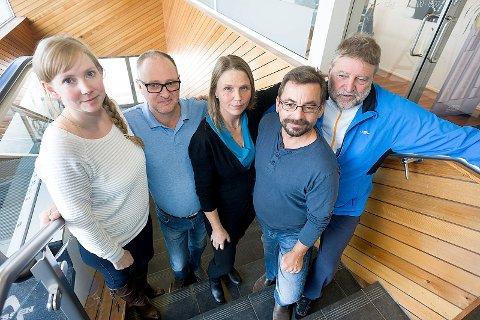 Reagerer: Fra venstre Marthe Arnesen, MDG, Jan-Erik Evensen, PP, Camilla Hille, V, Bård Hogstad, SV og Tore B. Kristiansen, Rødt. Foto: Ole Kr. Trana