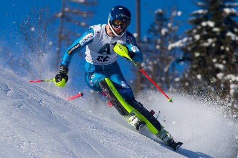 Jonathan Nordbotten har hatt en god sesong, men kjørte ut i årets siste renn. Her fra verdenscuprennet i Kitzbühel der han endte på en niende plass.