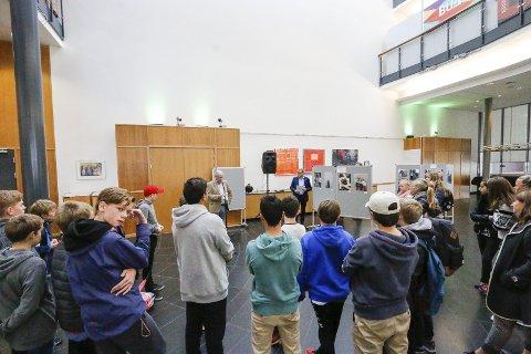 Kolbotn Rotarys fotokonkurranse blant åttendeklassingene. Ingieråsen og Hellerasten var med i år. Hellerasten var til stede under premieutdelingen mandag. FOTO: STIG PERSSON