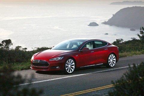BILAVGIFTENE: Det kan bli innført en egen Tesla-avgift neste år.