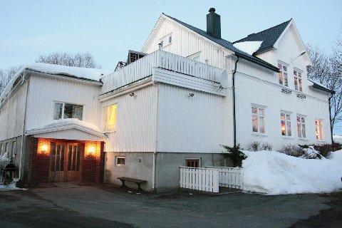 En stor dugnadsinnsats fra lag foreningen og enkeltpersoner muliggjorde utvidelsen av Liahøi som ble innviet 22. desember 1972.