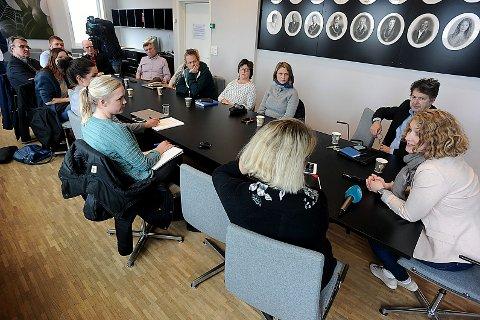 SAMLET: Her fra møtet på rådhuset i Ski.