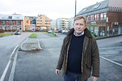 FORMUENDE: Anders Foss tjener ikke mest blant eiendomsmeglerne i distriktet, men formuen vokser stadig.