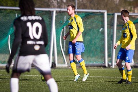 Simen Carlsen Strande og Ski ble presset bakover av Gøy-Nor, men klarte å redde et uavgjort-resultat.