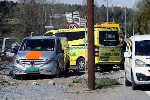 To biler var involvert i en traifkkulykke på Langhusveien torsdag ettermiddag.