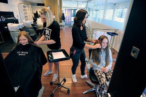 SPENT: Både Hannah og Carmine var spent på hvordan de ville bli seenes ut etter hårklippen.