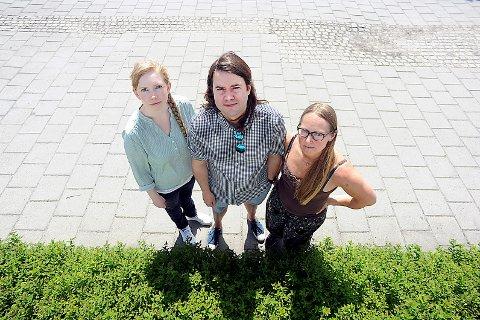 STØY: Marthe Arnesen, MDG, Anders Eidsvaag Graven, SP og Rannveig Andresen, SV står sammen for å dempe støy fra beredskapsseneret.