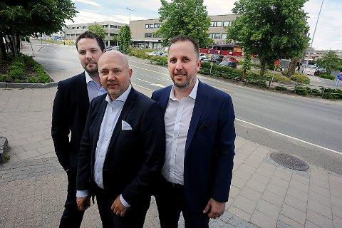 NYTT MEGLERHUS: Eie Eiendomsmegling åpner kontor i Ski med Rune Ørndal, Joachim Hoff og Marius Balto Pettersen som meglere.