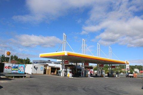 RANET: Shell-stasjonen i Vestby har vært utsatt for ran flere ganger de siste årene.
