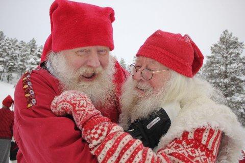Harde tak: Gunnar Rognflåten kjempet tappert i Santa Wintergame. Her med bare never med Jan (nisse) Erik Knudsen.