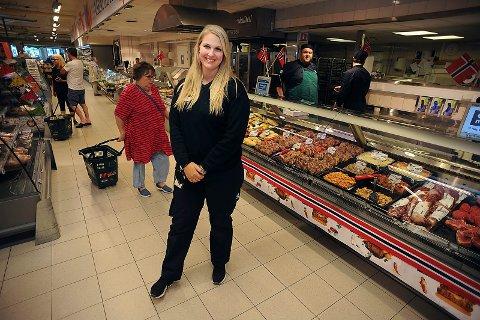 STOLT: Butikksjef ved Coop Mega Kolbotn, Elin Andersson er stolt over nominasjonen.