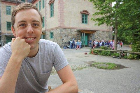 SYKEMELDT: Stortingsrepresentant Nicholas Wilkinson (SV) fra Oppegård har hatt en alvorlig infeksjon, og er sykemeldt under rehabilliteringen.