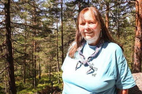 KLIPPEN: - Med all boligbggingen på Myrvoll stasjon, blir det ekstra viktig å ta vare på de små hundremeterskogene, som her på Klippen, hvor Myrvoll-speiderne holder til, sier Kjersti Gjendem.