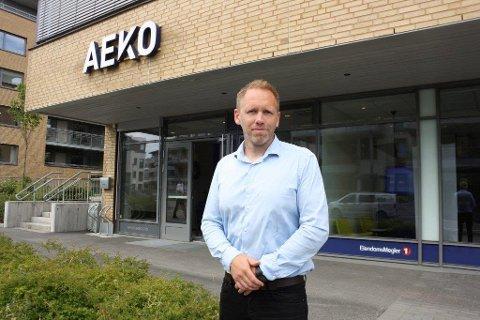 FLYTTET HJEM: Arne Erik Rønningen mener det er mer lukrativt å investere i Follo enn i Oslogryta. AEKO har flyttet fra Oslo og tilbake til Kolbotn for å satse ekstra her.